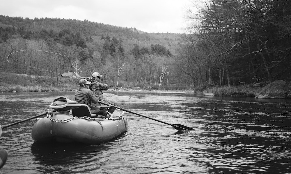 How To Row Downriver Like A Guide (And Not Hit Every Rock)