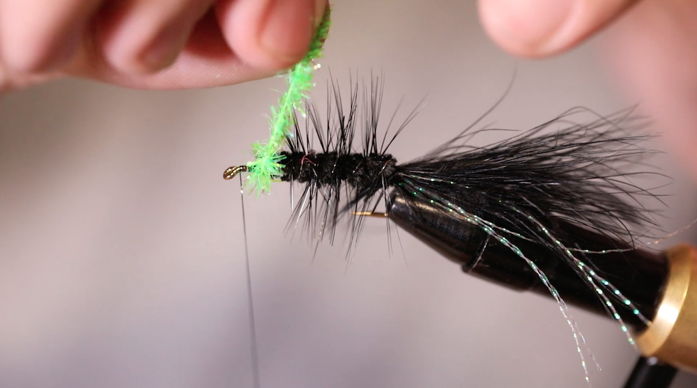 VIDEO: How To Tie The Egg-Sucking Leech